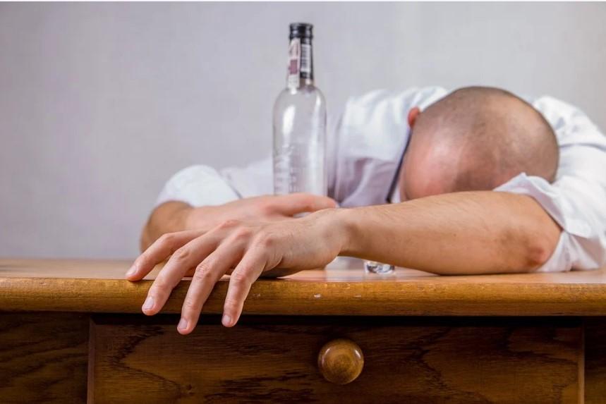 похмелье, как бороться с похмельем, почему похмелье, после похмелья, похмелье быстро, пьяный