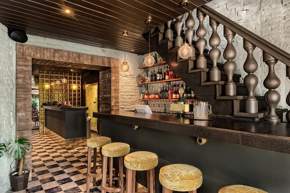 Tawny бар
