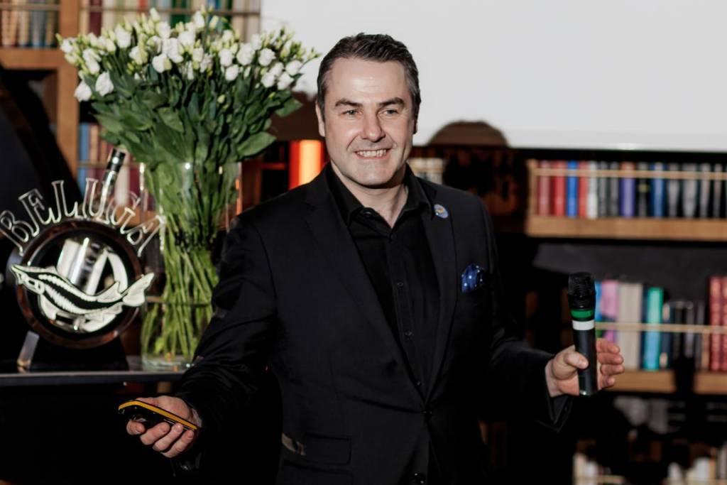 Beluga Signature Bartender School, DCW Magazine, Филип Дафф