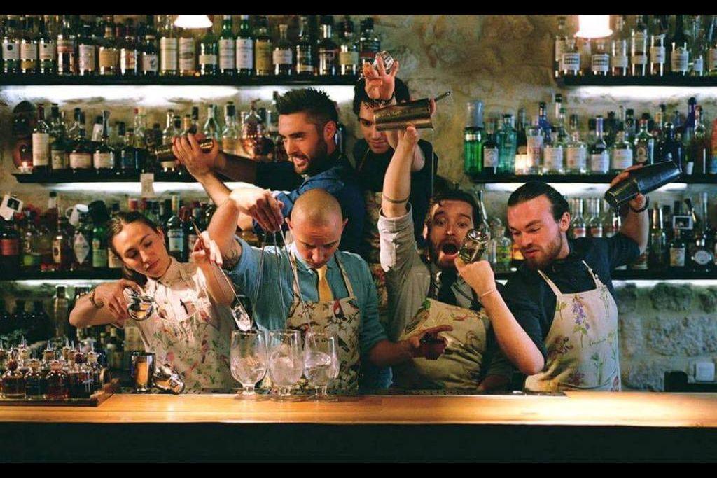 бартендер, барная культура, бармен, реми саваж, Artesian