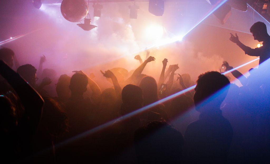 бар в индии, бар в гоа, бар на гоа, ночной клуб на гоа, как открыть бар