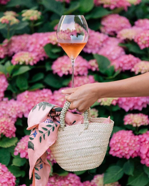 вдова клико, Veuve Clicquot, история шампанского, дом шампанских вин, шампанское, игристое, розовое вино