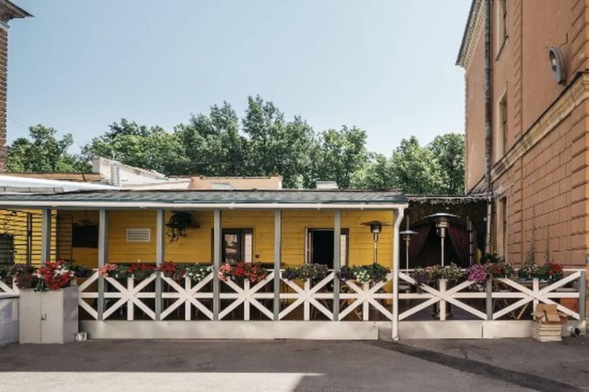 ресторан скотный двор, бар, танцы, согревающие напитки