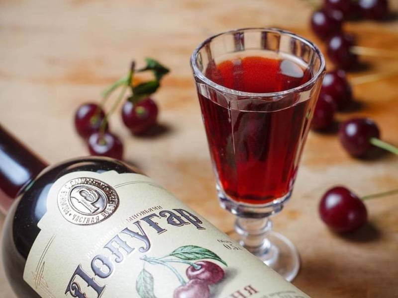 Polugar, cherry, bread wine, tincture, history of alcohol