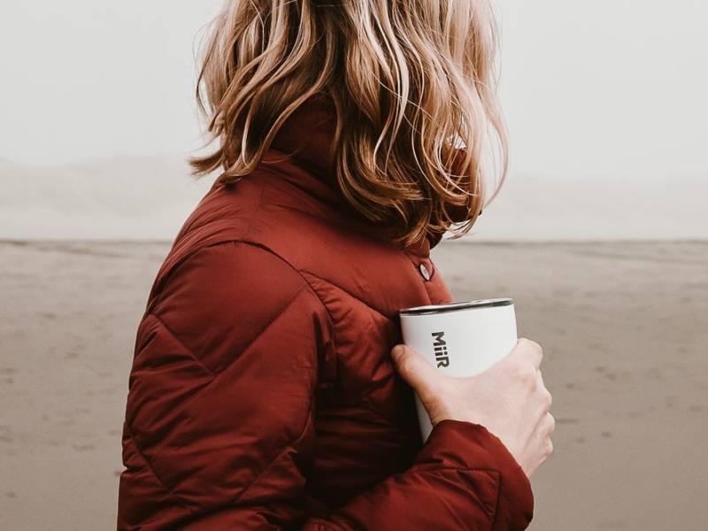 съедобные стаканчики, кофе с собой, экологичные стаканчики, тамблер для кофе, термокружка для кофе, экологичные альтернативы, coffee to go, my cup please, dcw magazine, ответственное потребление