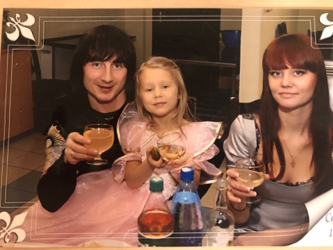 многодетная семья, мартопляс антон, бармен, беларусский бармен, лучшие бармены мира, как выйти замуж за бармена, жена бартендера