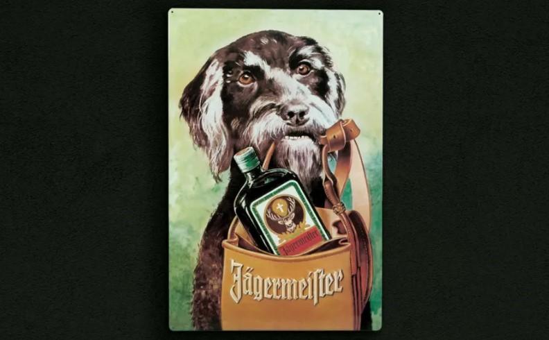 Jägermeister, ликер, история алкоголя, алкоголь, биттер, Ягермайстер, егермайстер, реклама алкоголя, собака