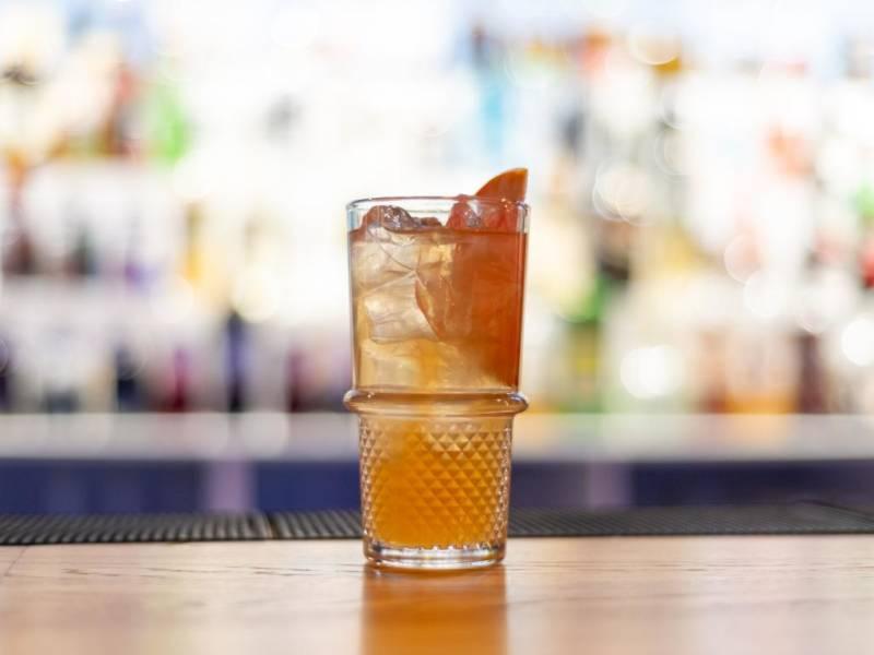 Diageo Reserve World Class for Bartenders, Diageoб барный конкурс, образовательная программа для барменов, конкурс барменов, все для барменов, куда пойти учиться бармену, курсы барменов бесплатно, коктейль, красивая подача коктейля, бокал. стакан с коктейлем