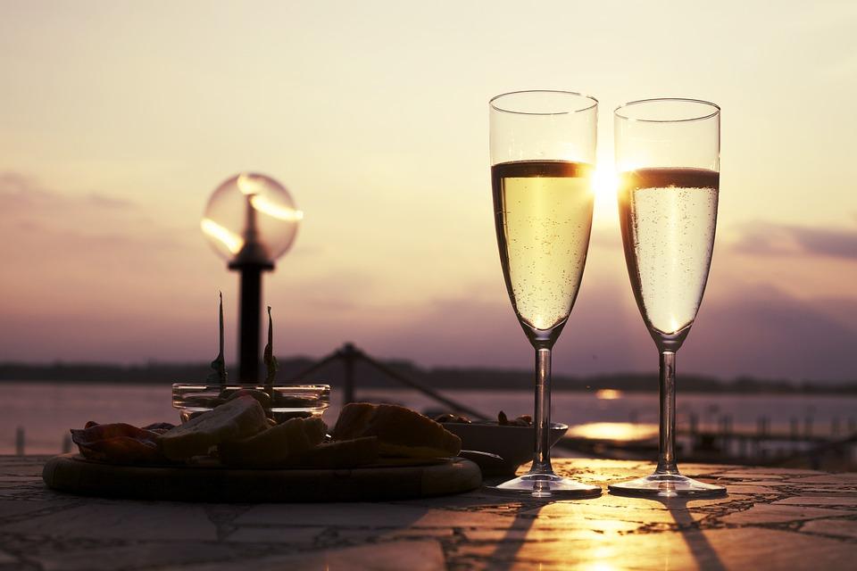 Sparkling marketing, glass, просекко, prosecco, алкогольный маркетинг, итальянское игристое, итальянское вино, вино, бокал
