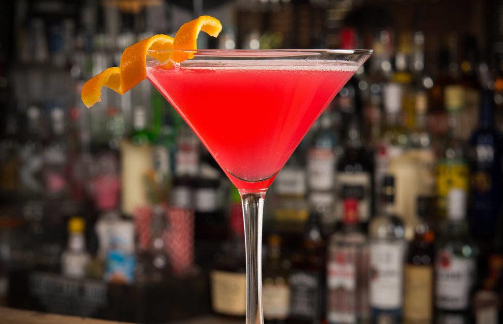cosmopolitan cocktail, international cosmo day, cocktail, коктейль космополитен, космо коктейль, рецепт коктейля, космо,