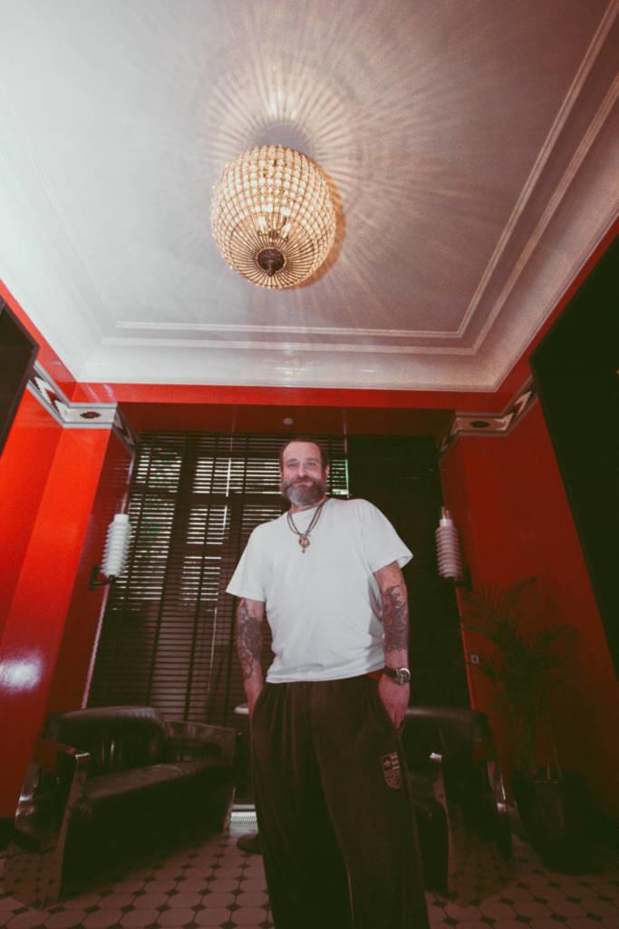 B4, DCW Magazine, бармен, фотограф, хроника, эффективная самоизоляция, Noor Bar, Марат Саддаров