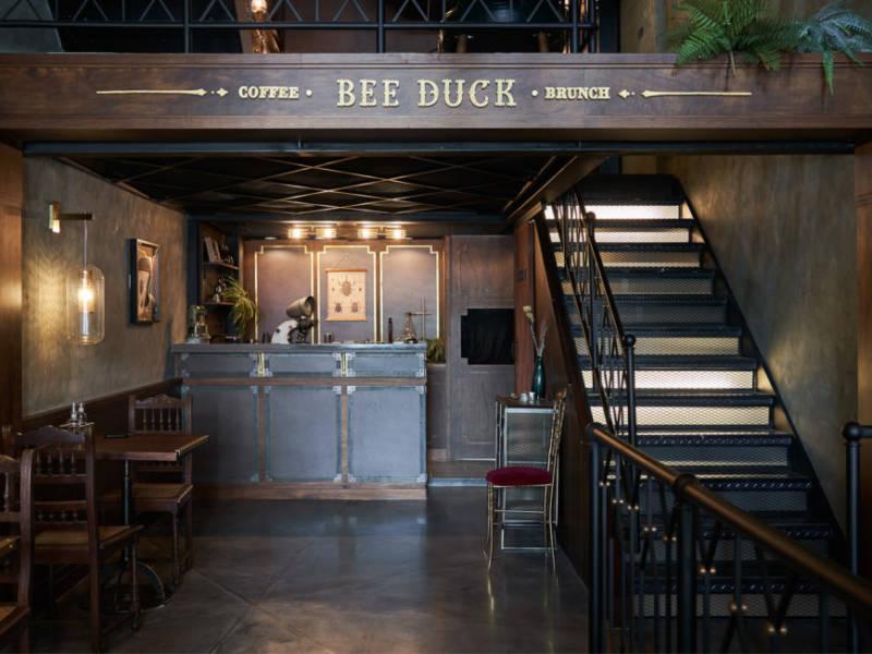 стимпанк, дизайн бара, как оформить, оригинальный дизайн, интерьерный дизайн, бар в азии, bee duck, dcw magazine, все о барах, журнал о барах