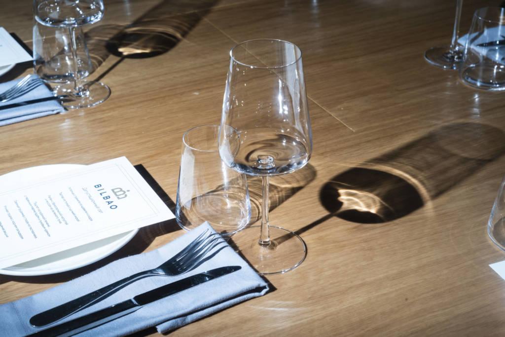 Ресторан Bilbao, рестораны Петербурга, куда пойти в спб, дизайн ресторана, ресторан, испанский ресторан, винный ресторан,  винный бокал, ужин