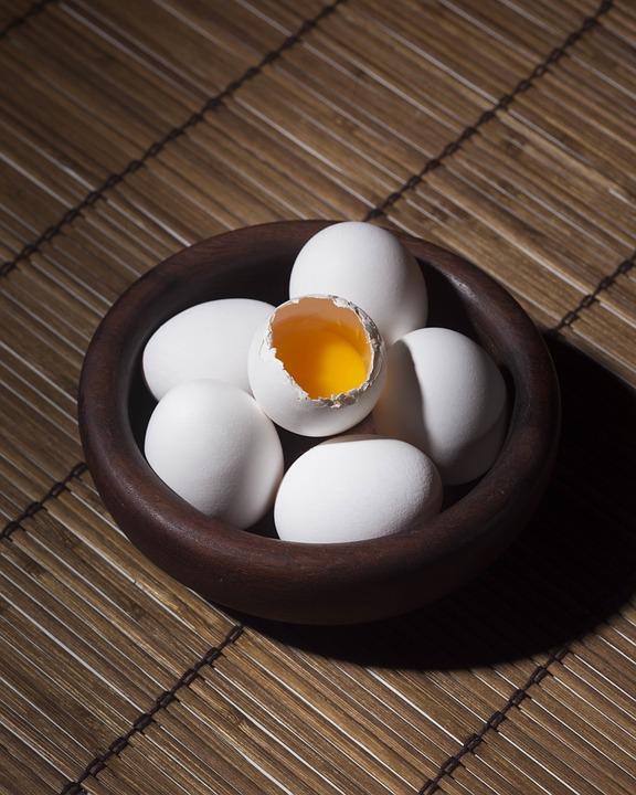 яйца, всемирный день яйца, комета бар, пиво, яйцо