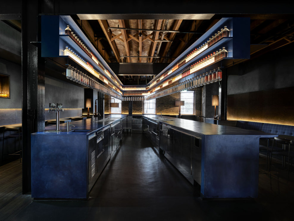 дизайн бара, джин, Four Pillars, австрадия, австралийский джин, дистиллерия, куда пойти в сиднее, сидней, бар, производство джина