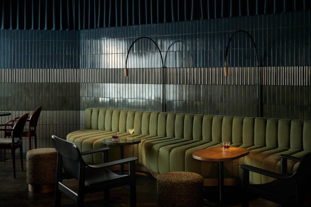 коктейльный бар, куда пойти в хельсинки, дизайн бара, бар в Хельсинки, dcw magazine, интерьер бара