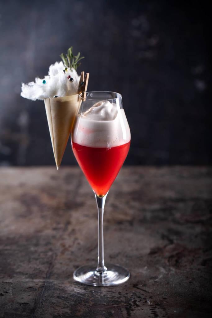 Balzi Rossi, ресторан, рестораны москвы, барная карта, коктейль, зимний коктейль, красный коктейль, новогодний коктейль, оригинальная подача, сладкий коктейль