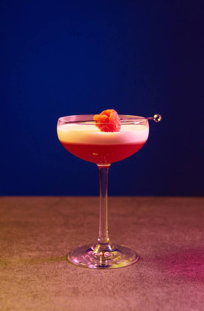 крестики-нолики, коктейль, коктейльная карта, мойка 3, где пить коктейли в спб, куда пойти в петербурге, рестораны петербурга, dcw magazine, журнал о барах