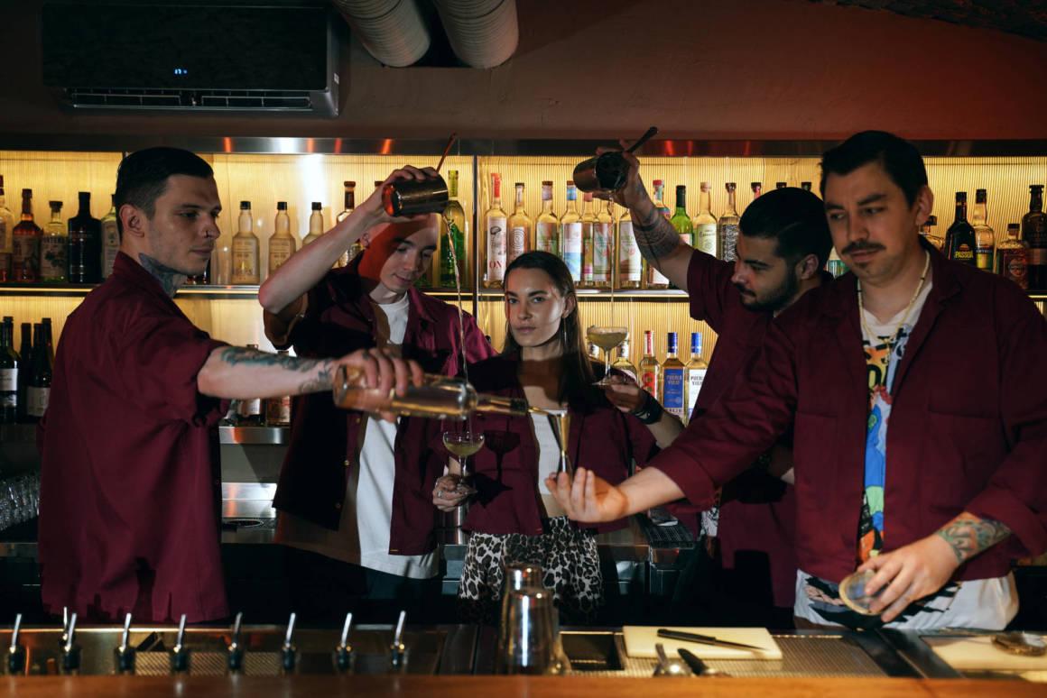 Бар Pasota, новый бар, куда пойти в Петербурге, бары Петербурга, DCW Magazine, журнал о барах и алкоголе